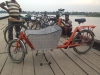 Bakfiets kurz am Ganges in Indien