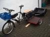 Xtracyle aus Lübeck mit selbstgebautem Seitenwagen und umgebautem Kinderanhänger für den Großeinkauf